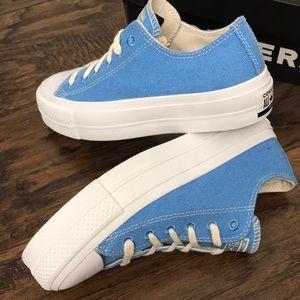 !! CONVERSE PLATFORM BLUE CANVAS BRAND NEW